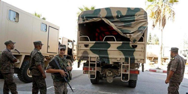 Les militaires dans les rues pour faire respecter le confinement