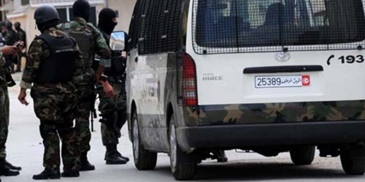 Tunisie : Entre 100 et 150 arrestations quotidiennes pour non-respect du confinement