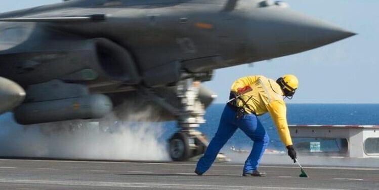 Exercices militaires franco-grec en Méditerranée, la Turquie prône le dialogue