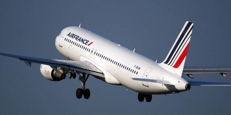 Air France prépare un plan de départs volontaires pour 8.300 postes