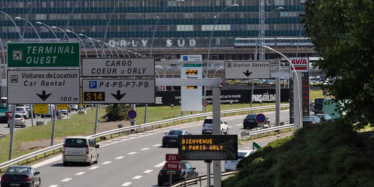 France : baisse de 77% du trafic aérien en juillet, selon l'ADP