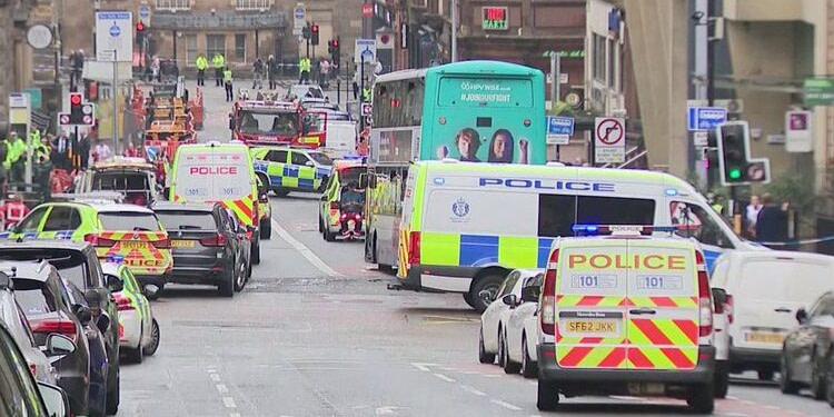 Trois morts dans une attaque au couteau en Ecosse