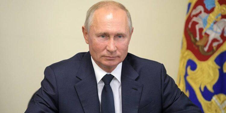 Le 1er vaccin est Russe, selon Poutine qui affirme que l'une de ses filles l'a testé