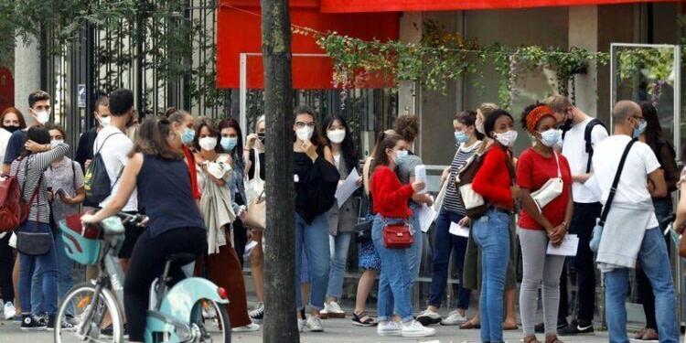 Coronavirus: Nouveau record en France avec près de 10.000 contaminations en 24 heures