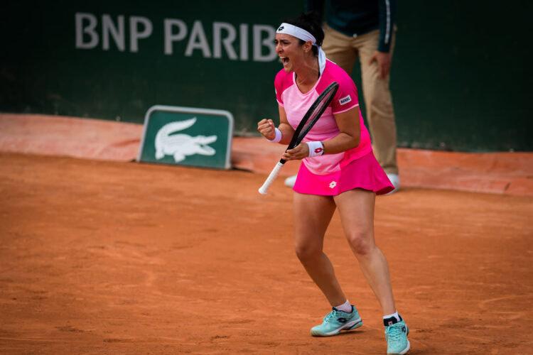 Ons Jabeur en huitièmes de finale de Roland-Garros